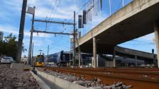 bas_nv_2012-09-17_canong12_tram-01